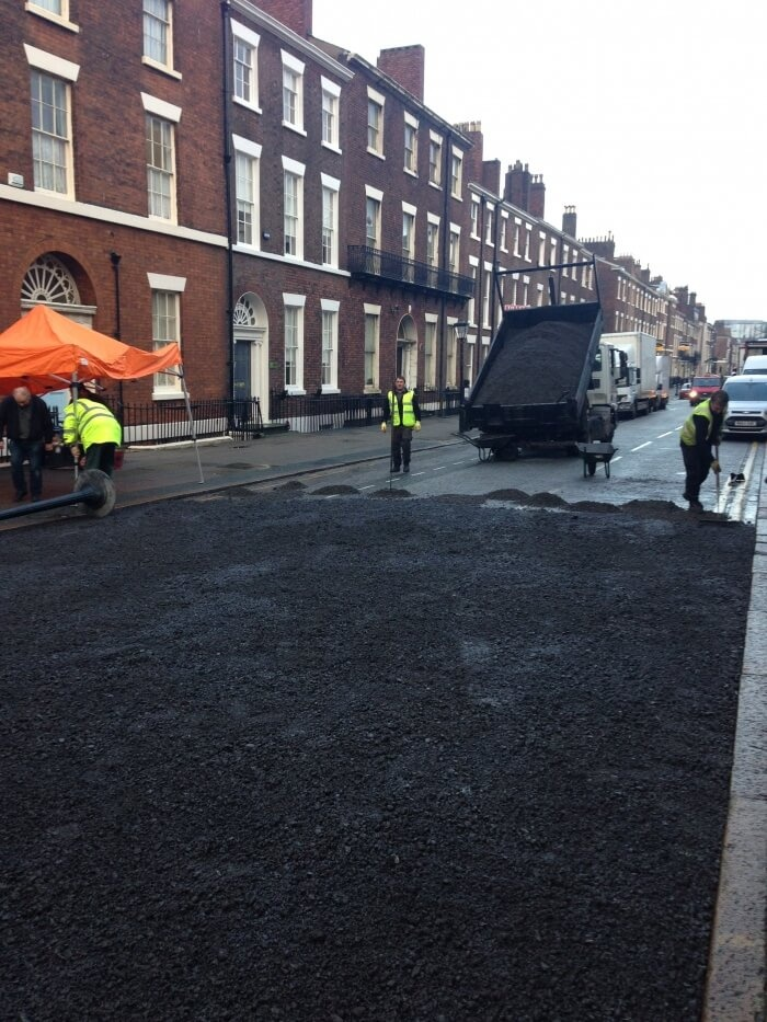surfacing rodney street with asphalt